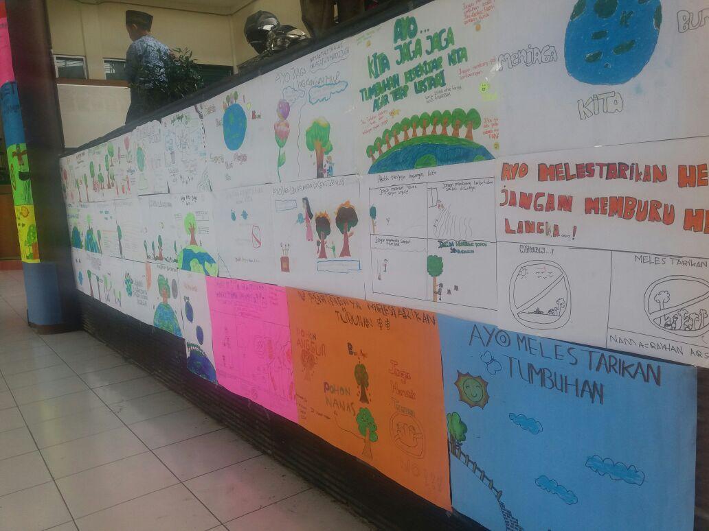 Poster untuk Lingkungan Hidup
