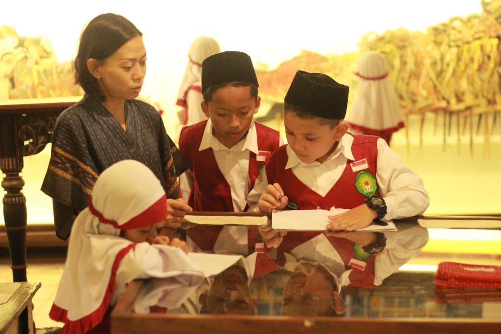 Tanamkan Cinta Budaya dan Sejarah Siswa Kelas 3 Diajak Kunjungi 3 Museum